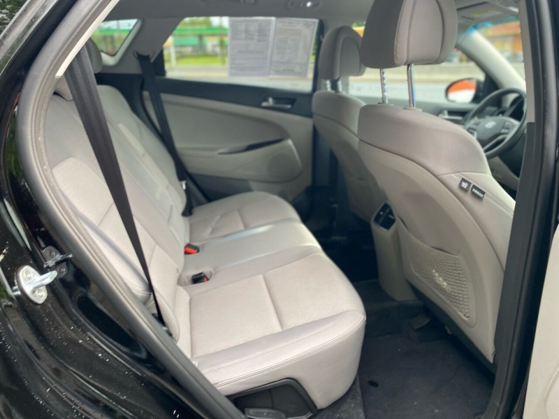 Hyundai Tucson 2018 price $23,995