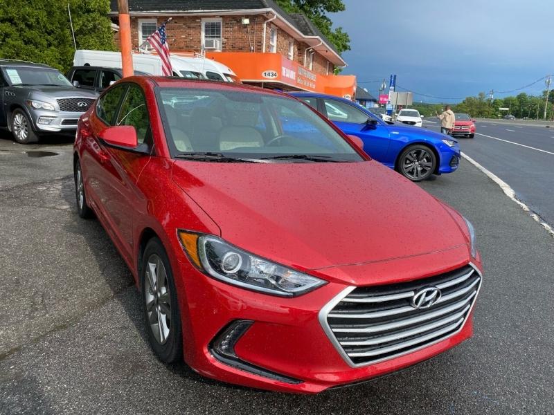 Hyundai Elantra 2018 price $19,995