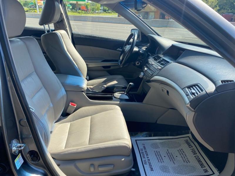 Honda Accord 2010 price $5,995