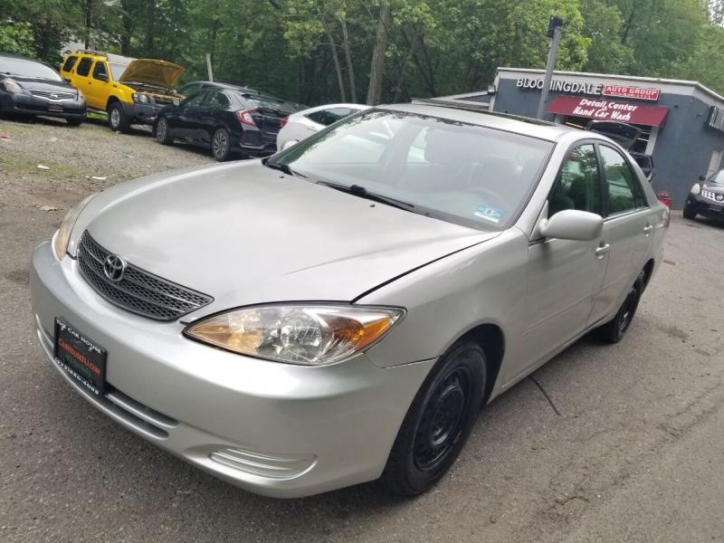 Toyota Camry 2002 price $1,995