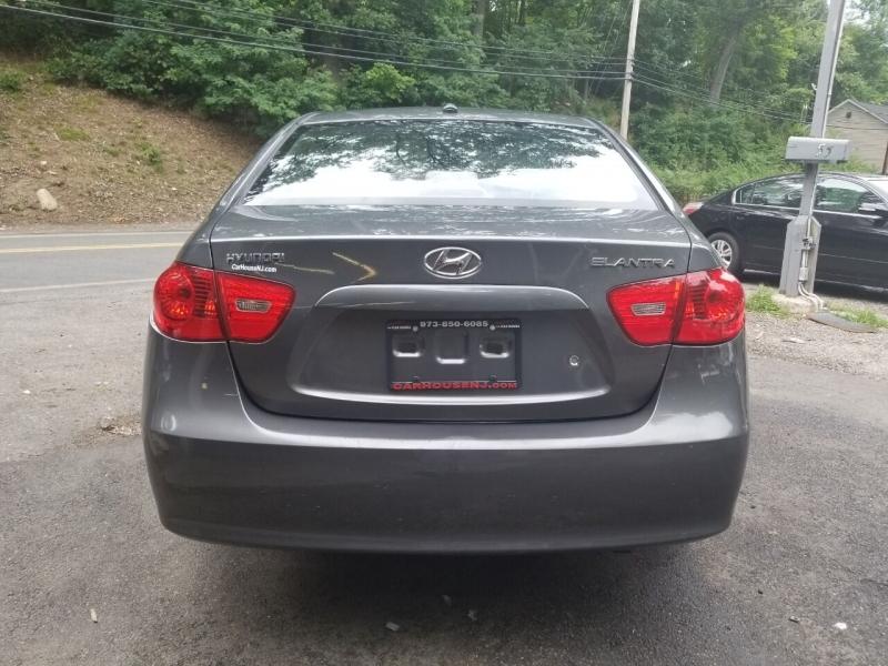Hyundai Elantra 2008 price $1,995