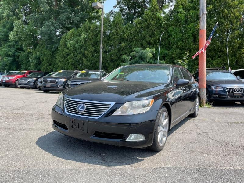 Lexus LS 600h L 2008 price $17,995