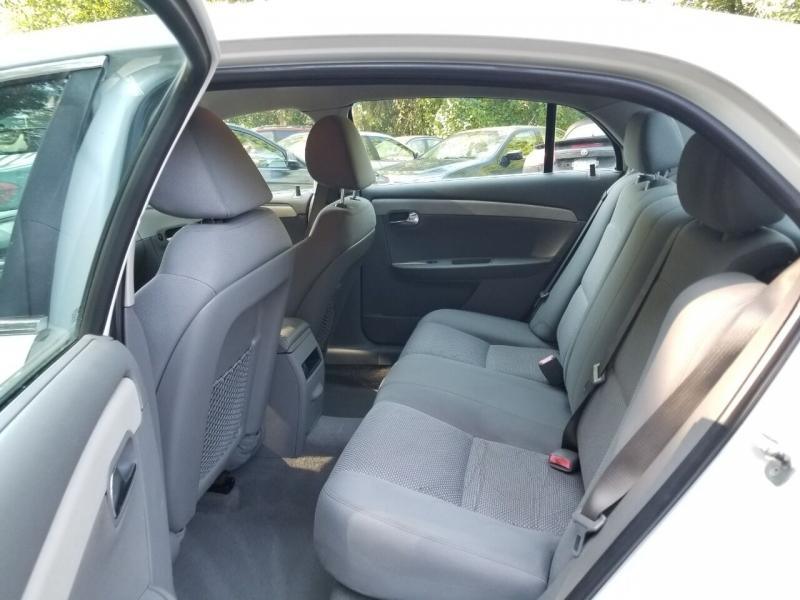 Chevrolet Malibu 2010 price $3,495