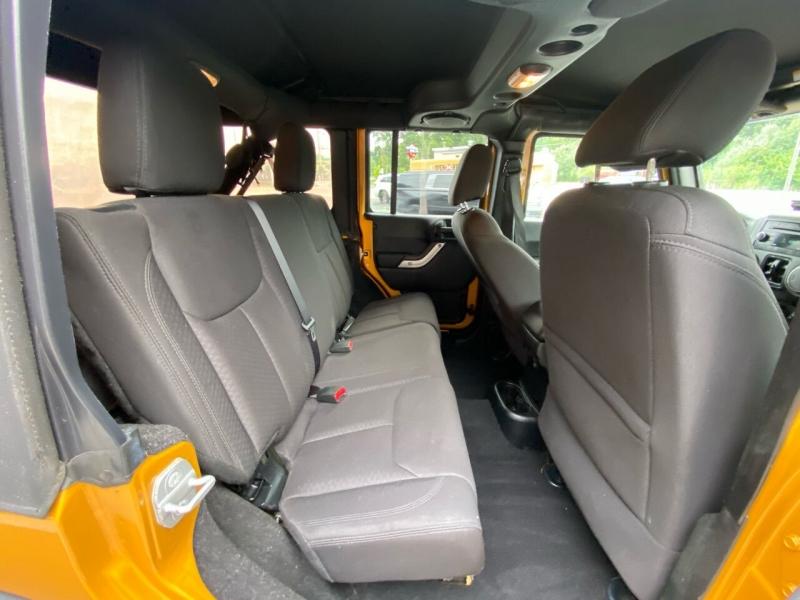 Jeep Wrangler Unlimited 2014 price $21,995