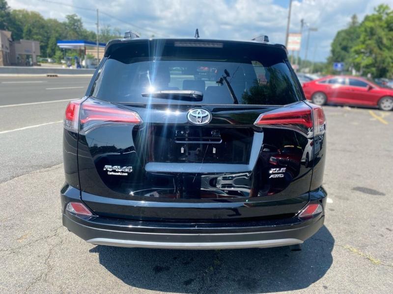 Toyota RAV4 2018 price $22,995