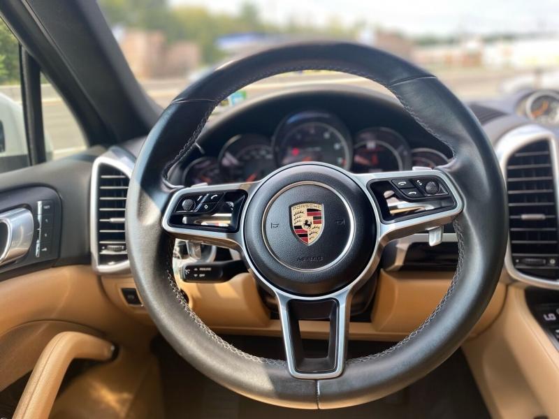 Porsche Cayenne 2016 price $39,995