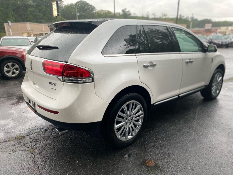 Lincoln MKX 2011 price $10,995