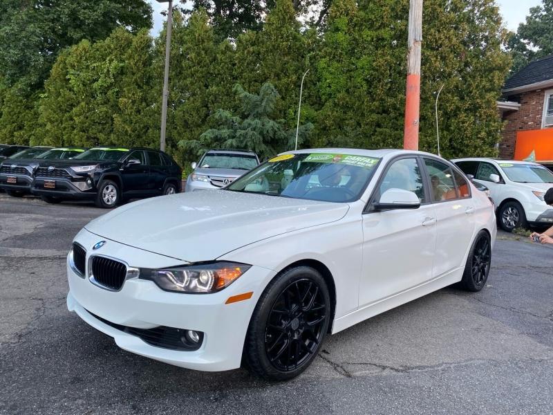 BMW 3 Series 2013 price $12,995
