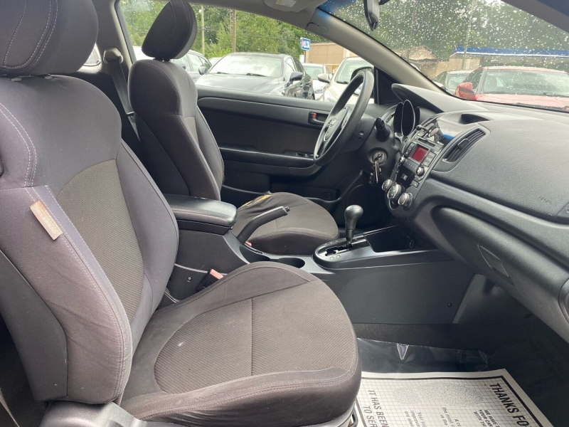Kia Forte Koup 2010 price $2,995