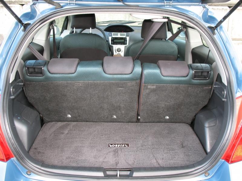 Toyota Yaris 2007 price $4,995