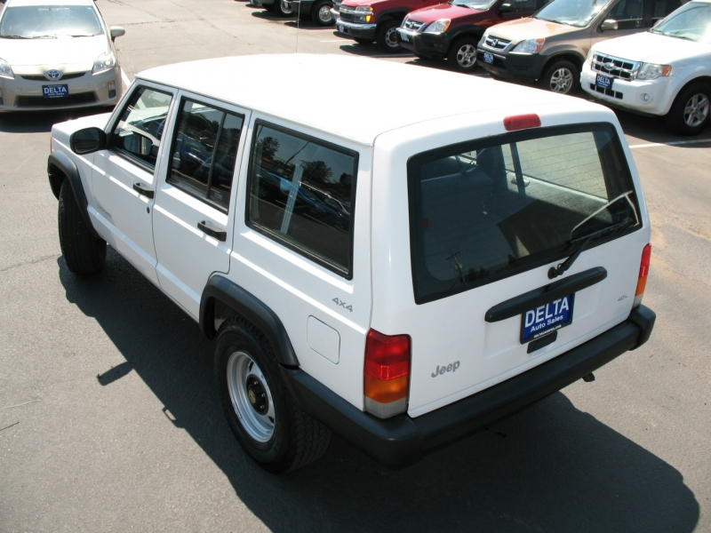 Jeep Cherokee 1999 price $13,495