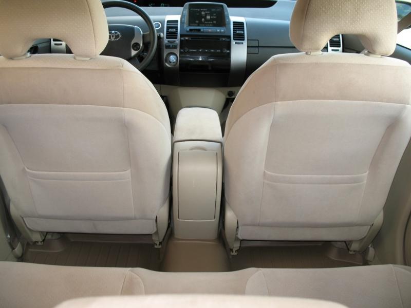 Toyota Prius 2004 price $6,495