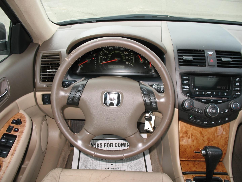 Kekurangan Honda Accord 2004 Review