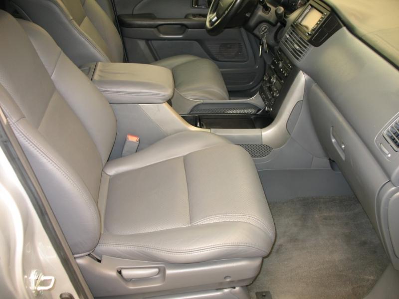 Honda Pilot 2004 price $8,995