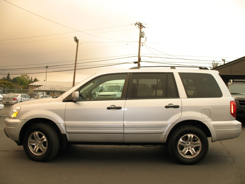 2004 Honda Pilot 4wd Ex L Leather Navigation 110kmiles Servoce Records Via Carfax Delta Auto Sales Dealership In Milwaukie