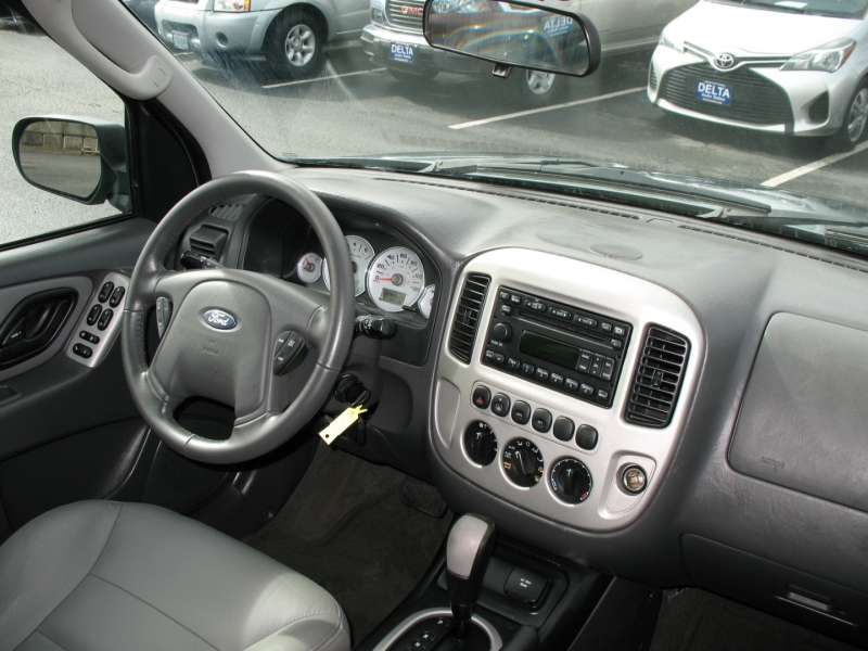 Ford Escape 2006 price $6,495