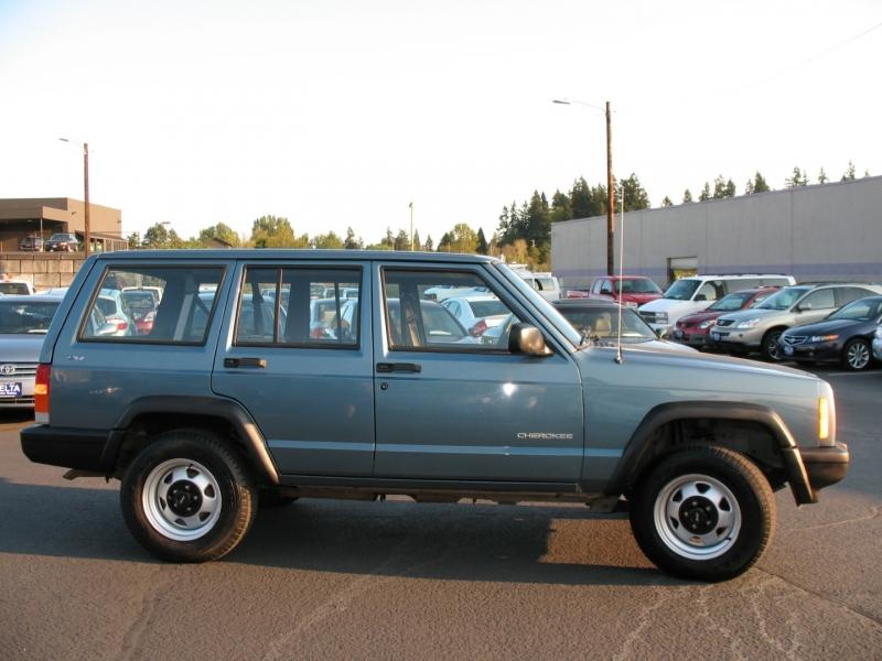 Jeep Cherokee 1999 price $14,995