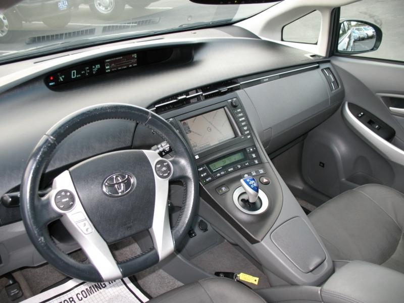 Toyota Prius 2011 price $11,495