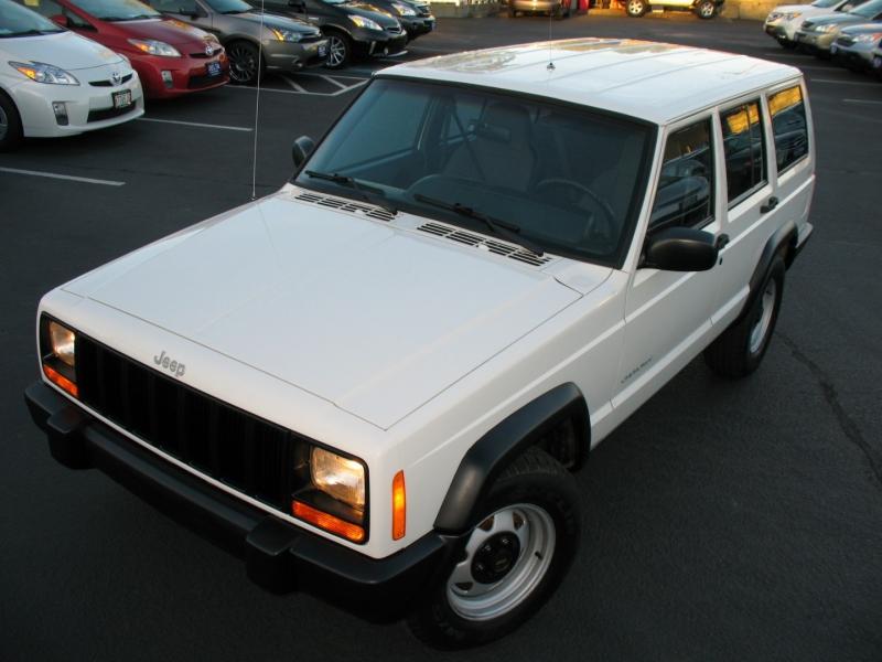 Jeep Cherokee 1999 price $11,995