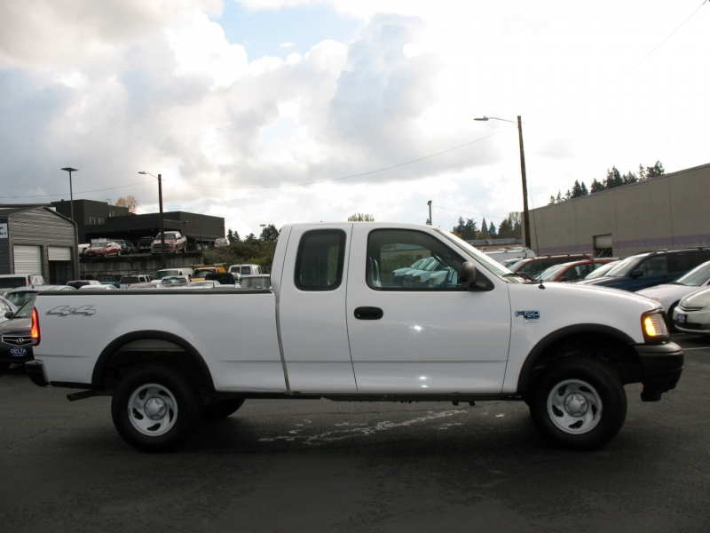 Ford F-150 2002 price $10,995