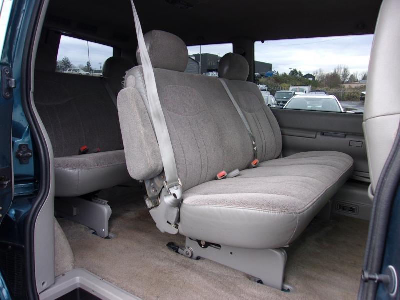 Chevrolet Astro 1999 price $6,995