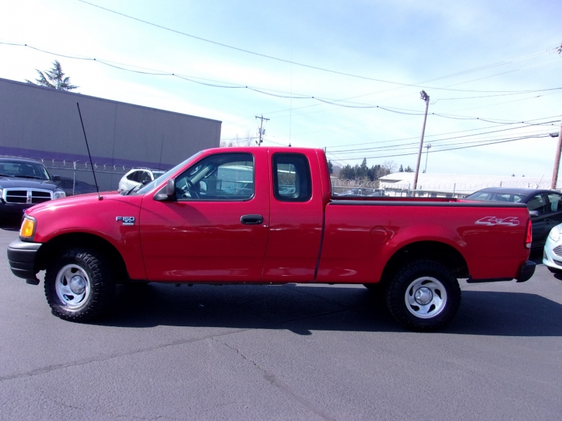 Ford F-150 Heritage 2004 price $9,995