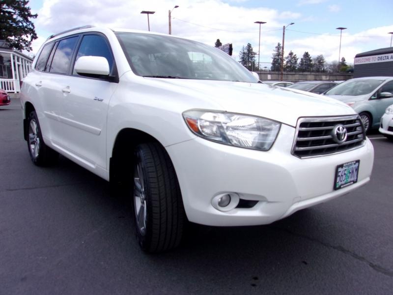 Toyota Highlander 2009 price $15,995