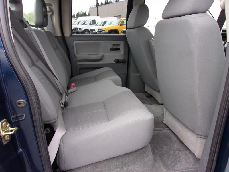 Dodge Dakota 2005 price $12,995