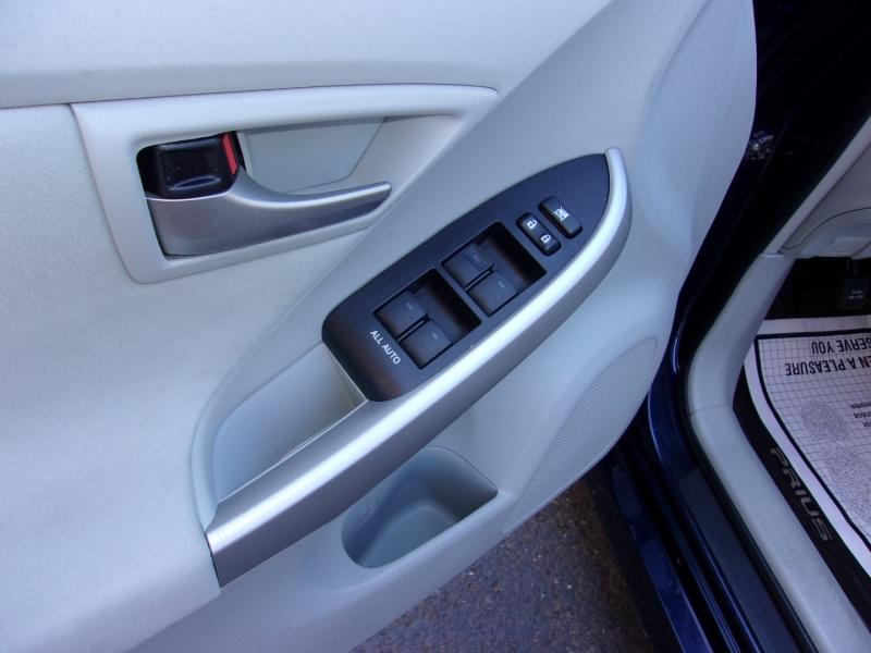 Toyota Prius 2013 price $12,495