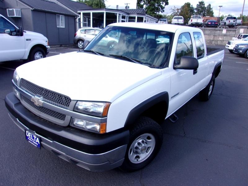 Chevrolet Silverado 2500HD 2004 price $10,995