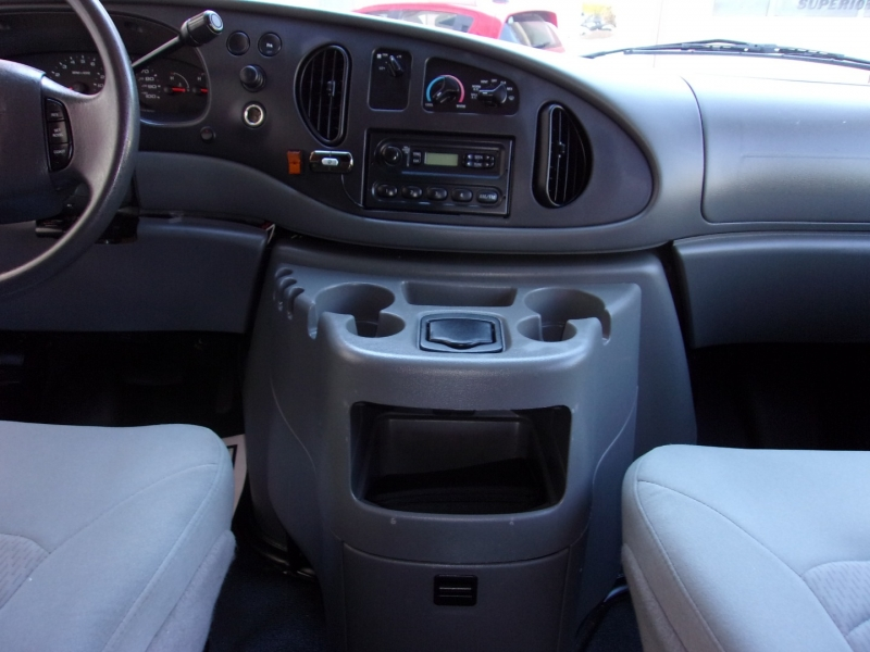 Ford Econoline Cargo Van 2008 price $17,995