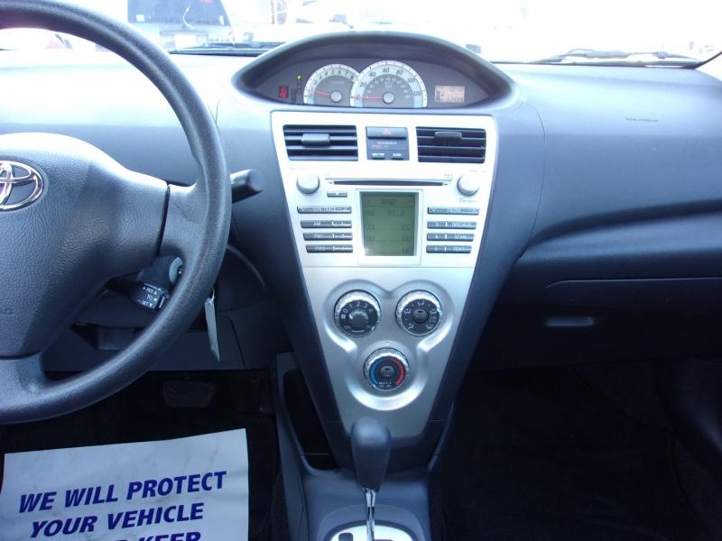 Toyota Yaris 2007 price $8,495