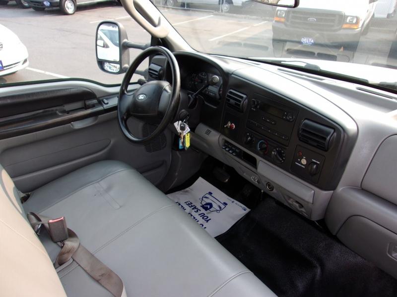 Ford Super Duty F-350 DRW 2007 price $19,995