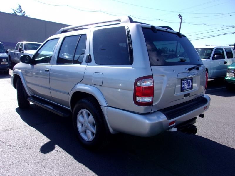 Nissan Pathfinder 2002 price $7,495