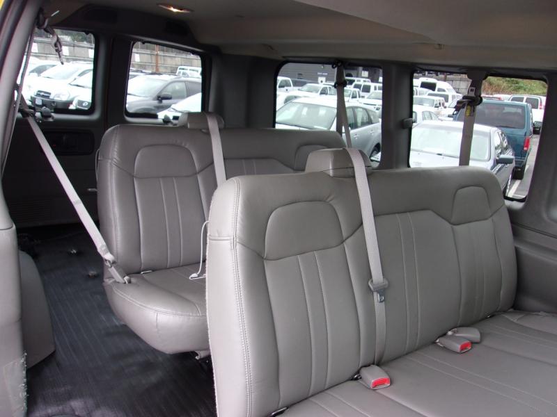 Chevrolet Express Passenger 2010 price $29,995