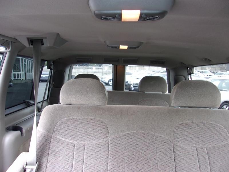 Chevrolet Astro Passenger 1998 price $6,995