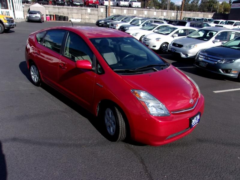 Toyota Prius 2007 price $8,495