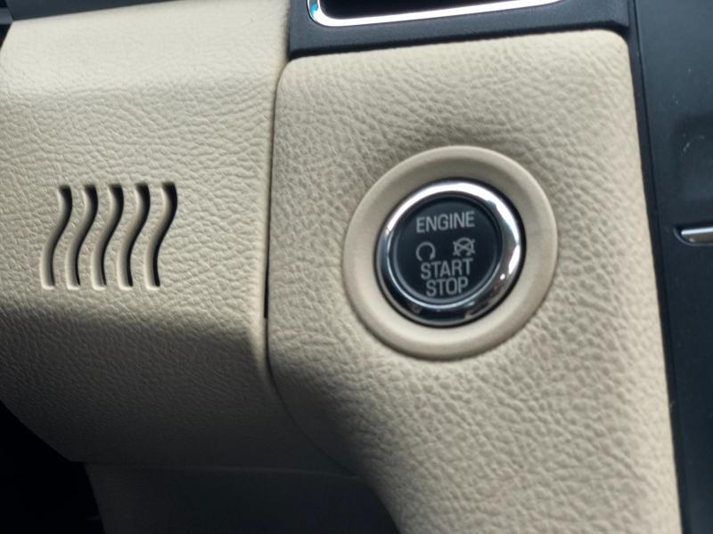 Ford Taurus 2017 price $10,288