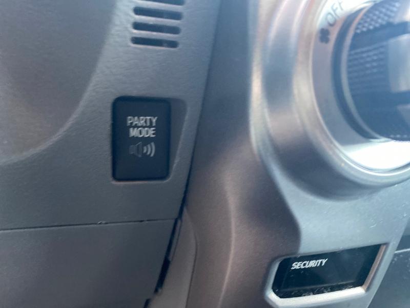 Toyota 4Runner 2011 price $12,988