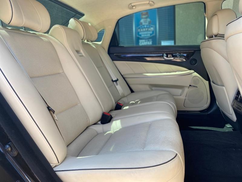 Hyundai Equus 2014 price $13,988
