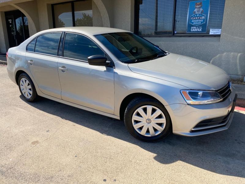 Volkswagen Jetta Sedan 2015 price $6,288