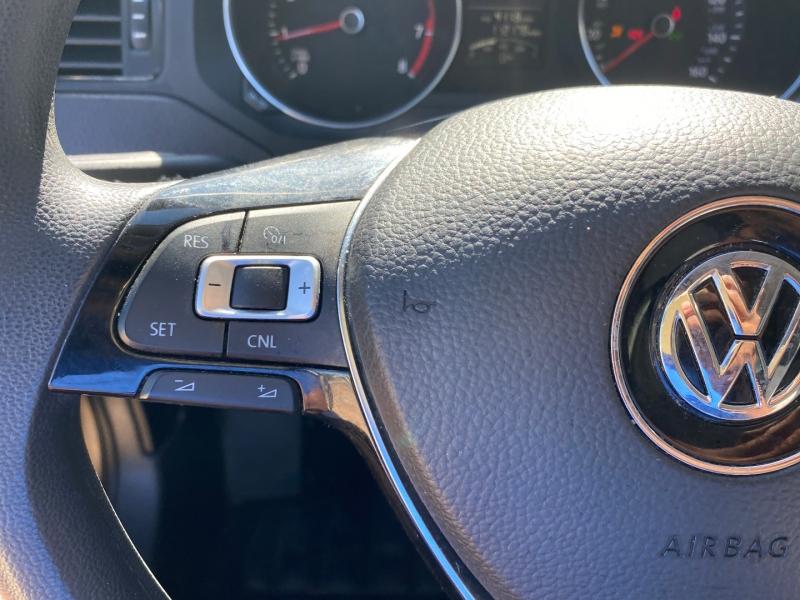 Volkswagen Jetta Sedan 2015 price $6,988