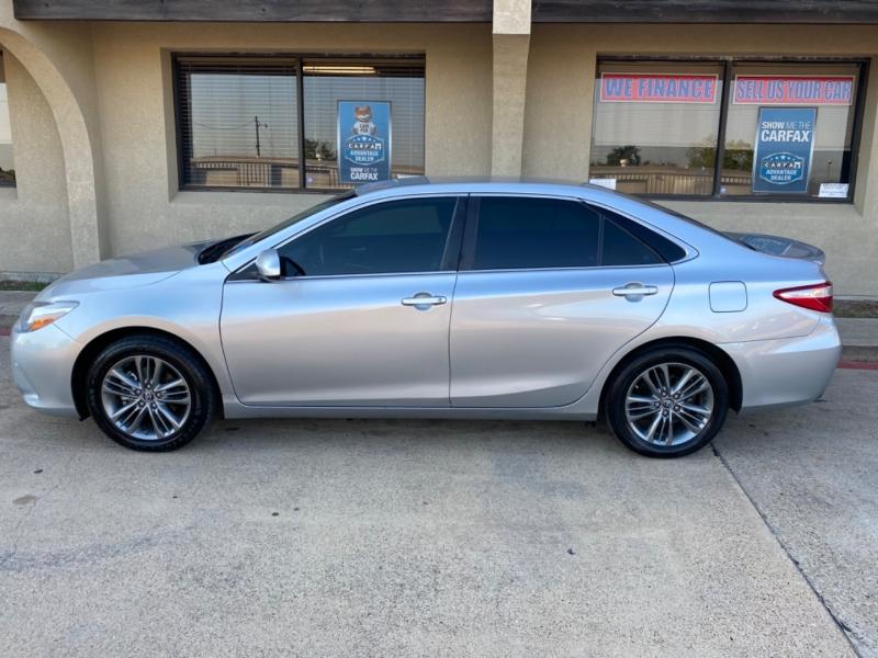 Toyota Camry 2017 price $11,388