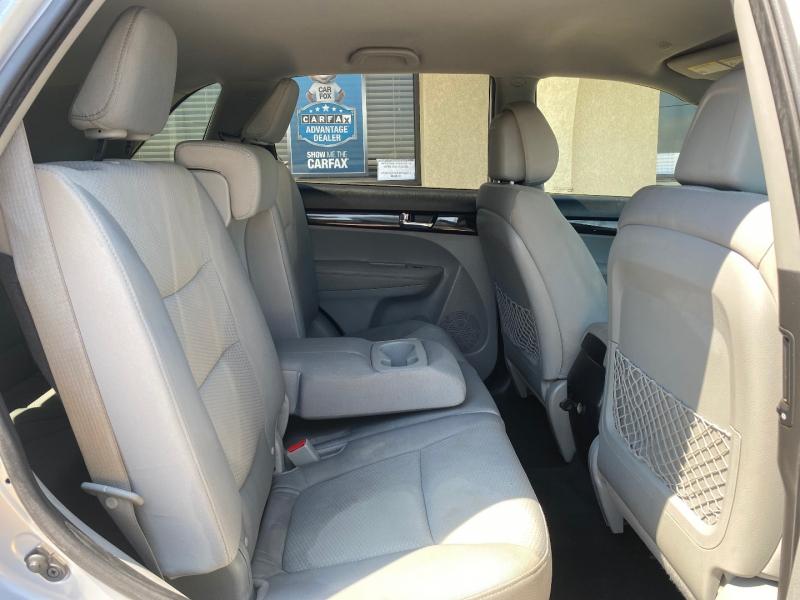 Kia Sorento 2011 price $5,988