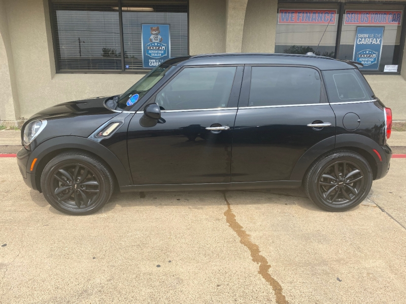Mini Cooper Countryman 2012 price $5,688