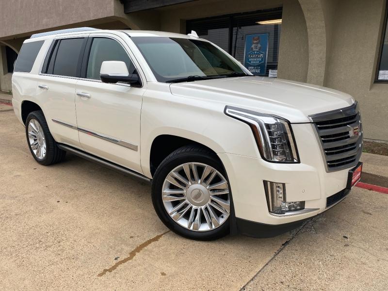 Cadillac Escalade 2015 price $33,988