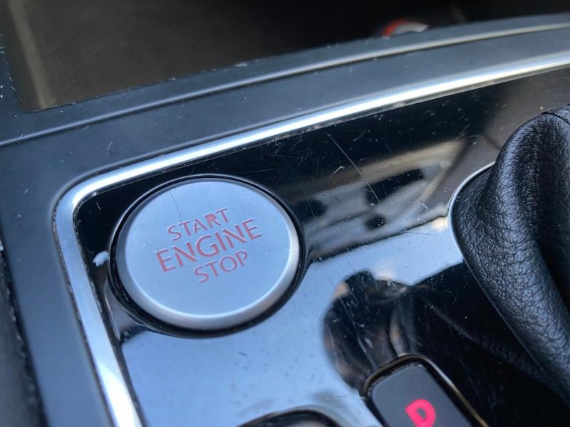 Volkswagen Passat 2015 price $9,488