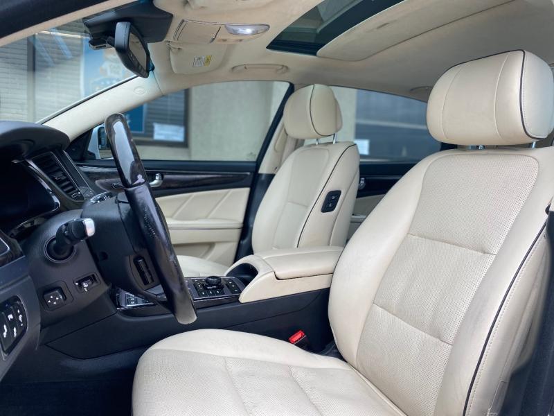 Hyundai Equus 2014 price $16,988