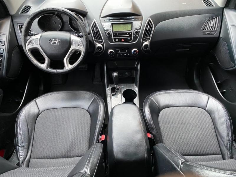 Hyundai Tucson 2012 price $7,288