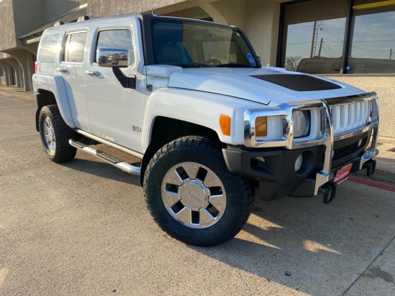 Hummer H3 2007 price $10,988